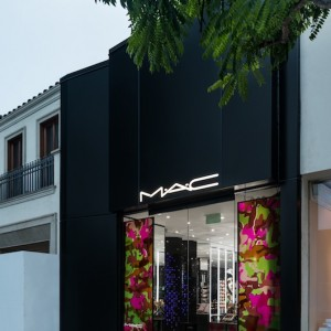 MAC Cosmetics New Store in Beverly Hills North Beverly Drive MAC Makeup Artists in Los Angeles
